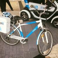 Porto Seguro adota carros elétricos para atendimentos a clientes. Bicicletas fazem parte do modal!